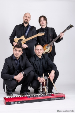 La nostra amata band al completo: The C-band